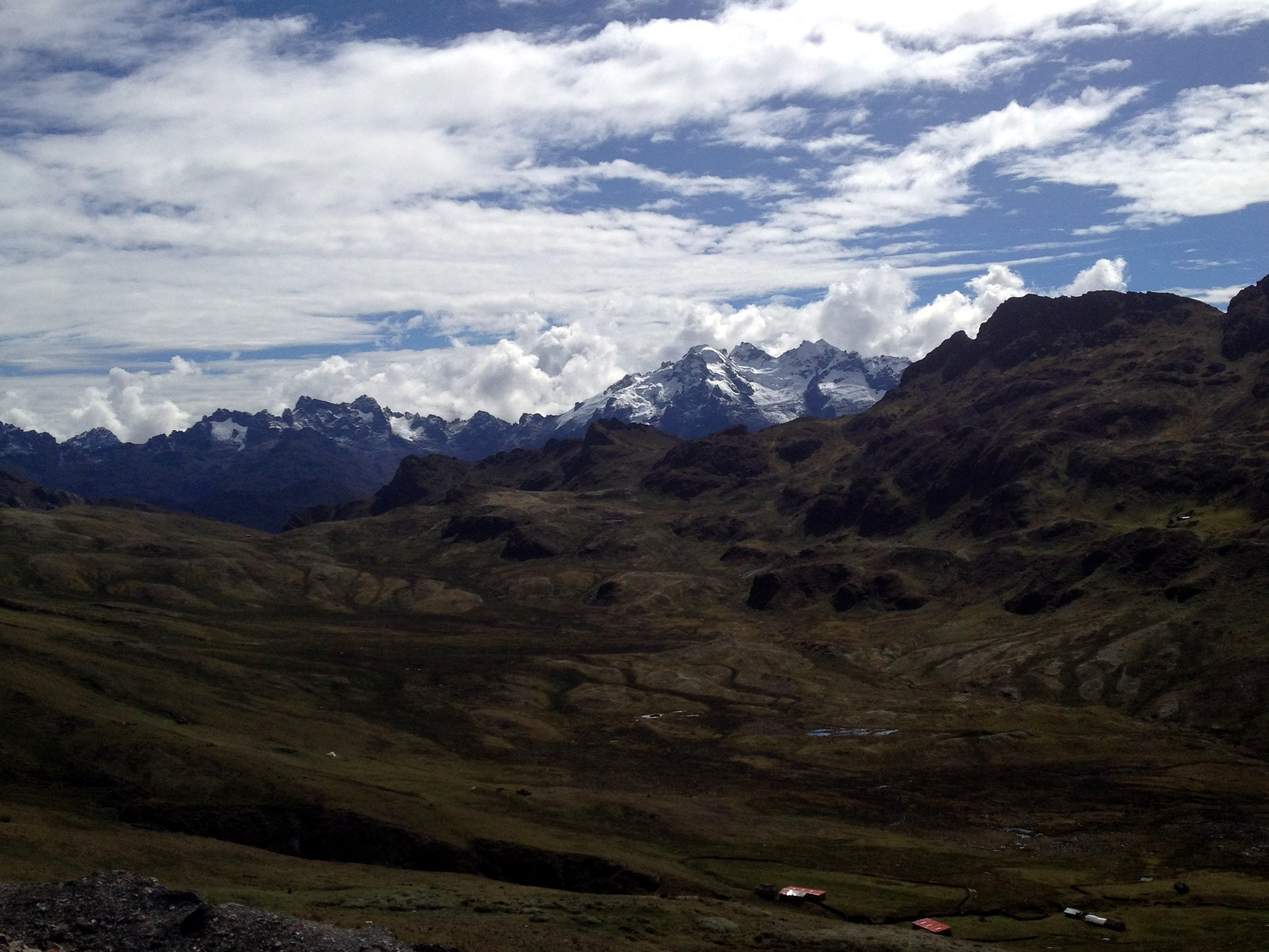 Andean peaks near sacred valley